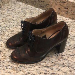 Shoes - Ferragamo high heel oxfords